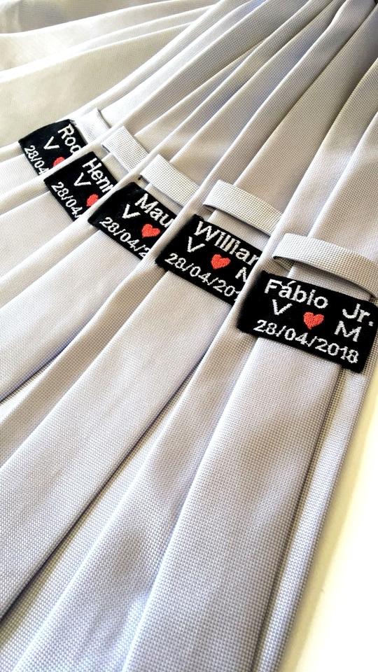 Gravata Italiana c/ etiqueta personalizada