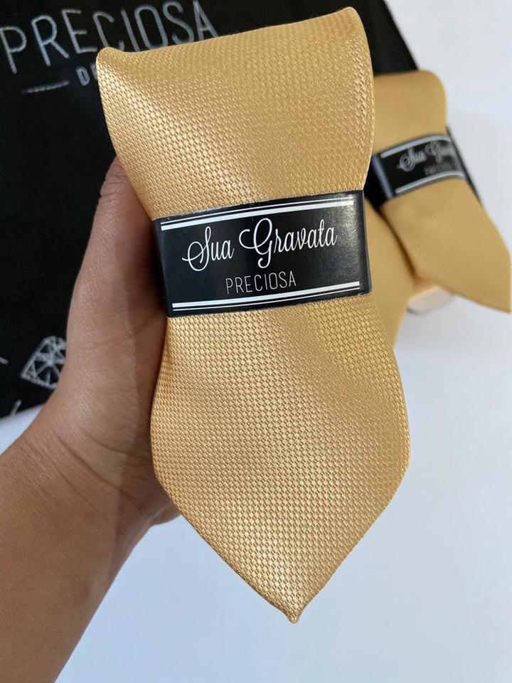 Gravata Dourado ouro Italiana