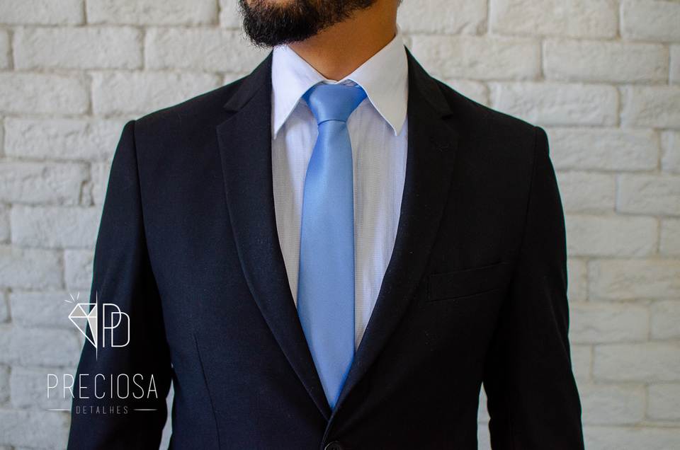 Gravata Italiana Azul serenity lisa