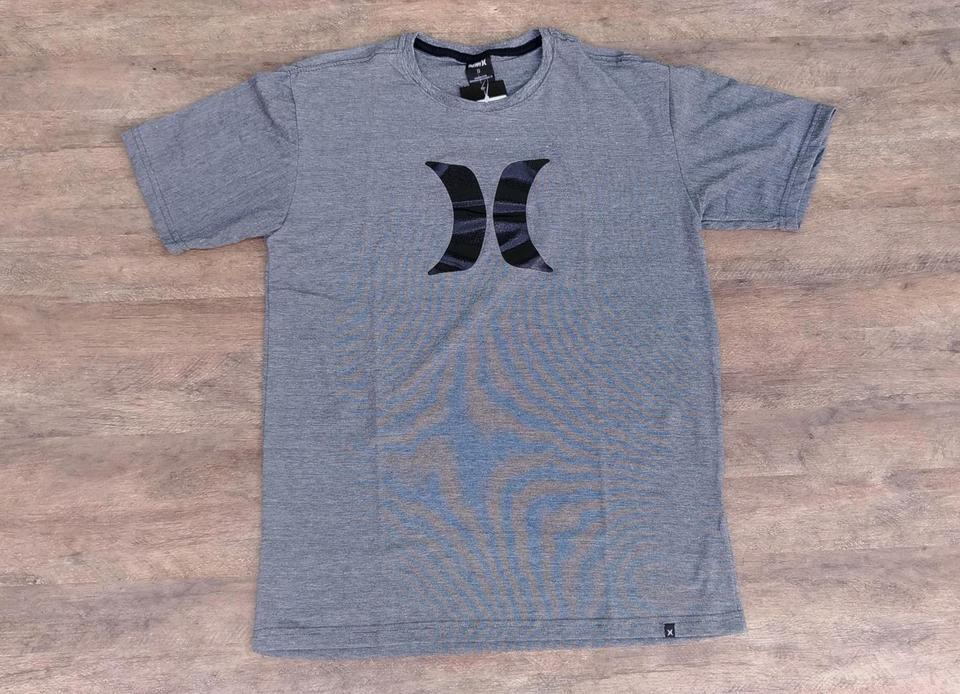 Camiseta Hurley Icon - Tecido Dry Fit Camiseta Hurley Icon - Tecido Dry Fit 75efda4ce6369