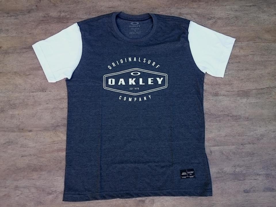 ca8673d946883 Camiseta Oakley Surf Company Especial Camiseta Oakley Surf Company Especial