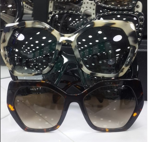 Óculos PRD Quadrado - Réplica Premium AAA - Ayuh Store 52644e4552