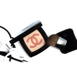Chanel Infiniment Highlighter Powder