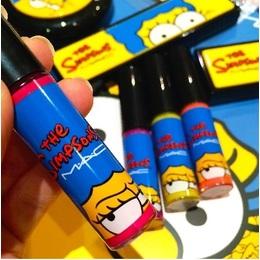 Pronta Entrega - MAC Simpsons lipgloss
