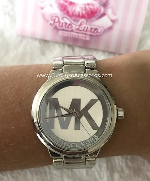 87f305de465c2 Relógio Michael Kors MK prata - Puro Luxo Acessórios