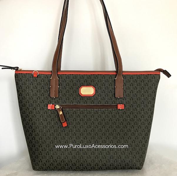 49de63a9199cf Bolsa Victor Hugo Premium Marrom com detalhes laranja - Puro Luxo ...