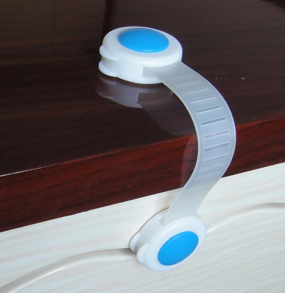 Trava de segurança para gavetas e portas plástico - azul/branco