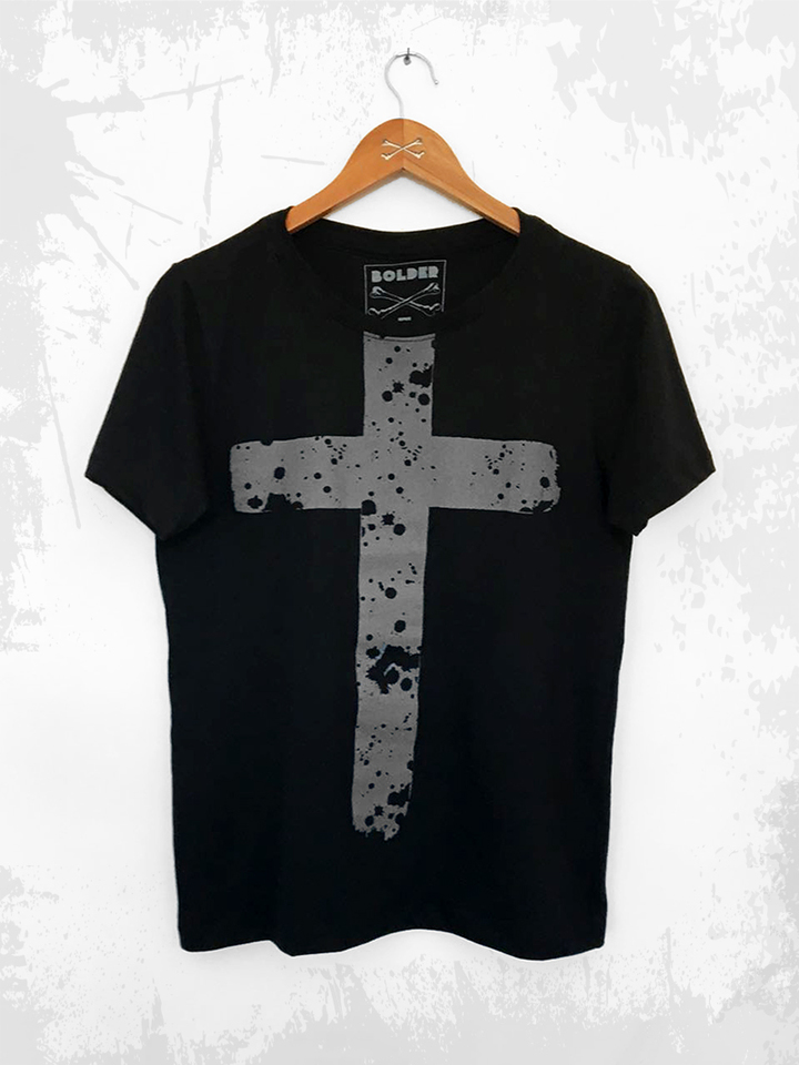 CAMISETA THE CROSS PRETA