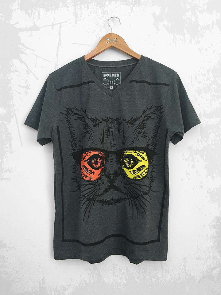 CAMISETA GOLA V THE CAT GRAFITE